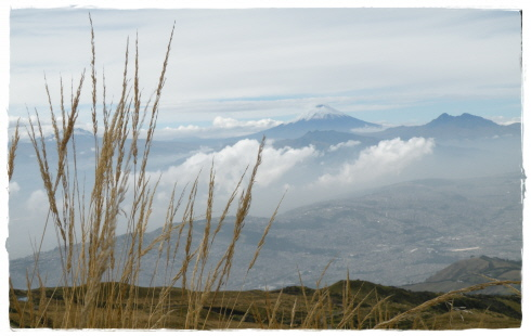 Cotopaxi & Quito seen from Rucu Pichincha